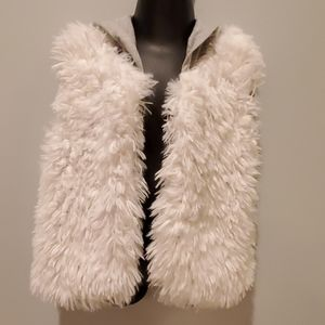 Hanna Andersson White Faux Fur Hooded Vest